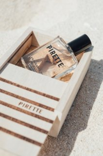 <img class='new_mark_img1' src='//img.shop-pro.jp/img/new/icons55.gif' style='border:none;display:inline;margin:0px;padding:0px;width:auto;' />再入荷!Pirette Fragrance Oil from New Port, California