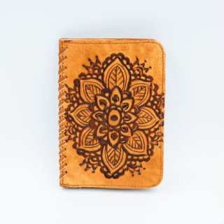 <img class='new_mark_img1' src='//img.shop-pro.jp/img/new/icons14.gif' style='border:none;display:inline;margin:0px;padding:0px;width:auto;' />TBC Select /Boho Passport Cover