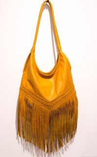 <img class='new_mark_img1' src='//img.shop-pro.jp/img/new/icons14.gif' style='border:none;display:inline;margin:0px;padding:0px;width:auto;' />Turquoise Blue Co. Fringe Leather Bag