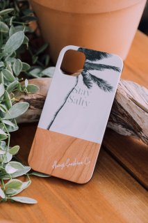 <img class='new_mark_img1' src='https://img.shop-pro.jp/img/new/icons59.gif' style='border:none;display:inline;margin:0px;padding:0px;width:auto;' />iPhone Wood Case /  Stay Salty Palm Tree