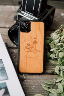 <img class='new_mark_img1' src='https://img.shop-pro.jp/img/new/icons30.gif' style='border:none;display:inline;margin:0px;padding:0px;width:auto;' />【New】Wild Venus  /  iPhone Hybrid Wood Cover
