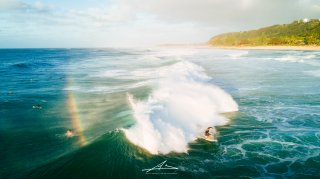Back Spit Rainbow  / Pipeline, Northshore Oahu