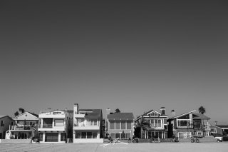 Beach Front Houses / Newport, California