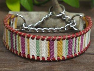 ボーダー柄のイタリア製皮革で作った首輪(パープル系)