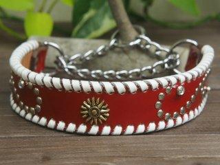 赤色のエナメル革に白色の革かがり【リーフ】