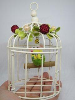 2020年鼠年飾り 手のひらサイズのミニ鳥かご 鼠帽子を被った可愛いセキセイインコ水黄緑ブランコ 鳥 ゆこりん工房