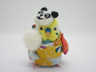 新作 羊毛フェルト 綿あめとお面を被ってお祭り♪浴衣セキセイインコ イエローフェイス水色 鳥 ゆこりん工房