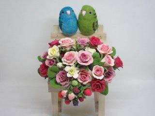 樹脂粘土薔薇苺×羊毛フェルトサザナミインコオブジェ ゆこりん工房 鳥
