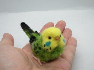 新作 ミニチュア 羊毛フェルトリアルで可愛いセキセイインコ 黄緑 ゆこりん工房 鳥