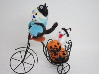 ハロウィン 羊毛フェルト セキセイインコ自転車オブジェ 水色 ゆこりん工房 鳥