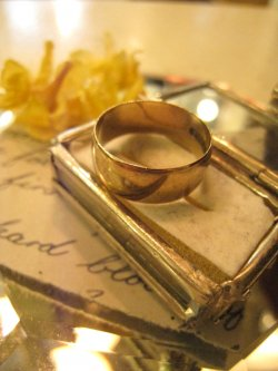 VICTORIAN Gold Ring