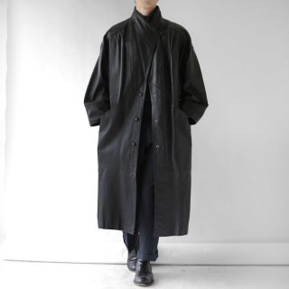 OLD SQUARE LEATHER COAT