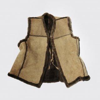 vintage mouton vest