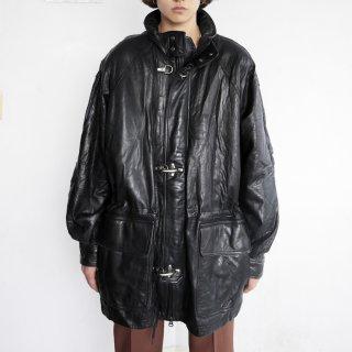 old oversized gunch leather jacket