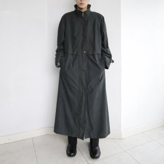 old zipped stand collar coat