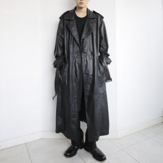 old layered collar leather trench coat