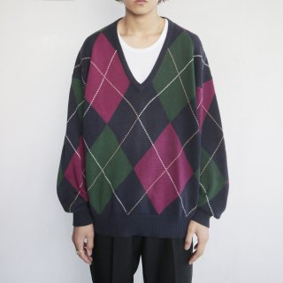 old deep v loose argyle sweater
