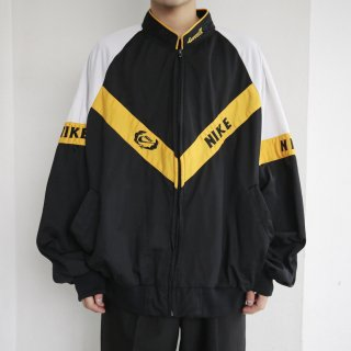 old booting loose track jacket