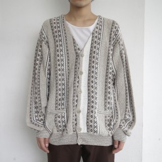 old euro crazy pattern cardigan