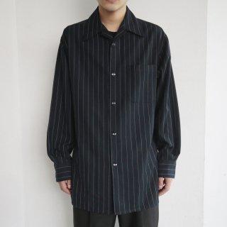 old stripe open collar shirt