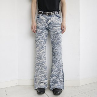 old breached flare denim pants
