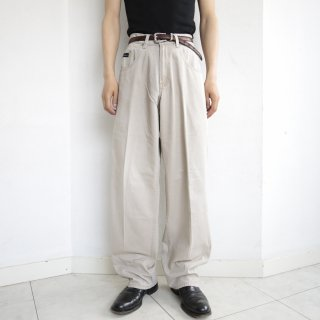 old levi's silver tab khaki buggy chino pants