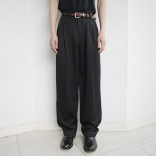 old flap tuck tapered slacks