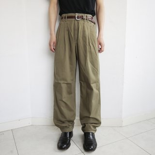 old 3tuck chino trousers