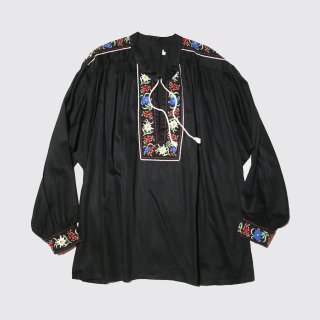 vintage broderie gather tunic