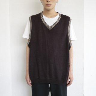old line knit vest