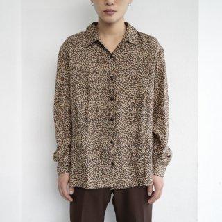 old leopard pattern shirt