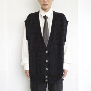 old cable cotton knit vest