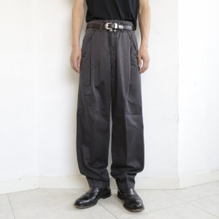 old marithé + françois girbaud 1tuck chino trousers