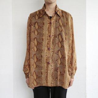 old python shear shirt