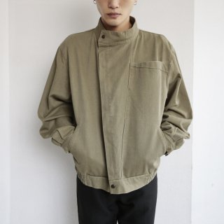 old euro zipped denim jacket