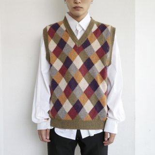 old harrikin knit vest