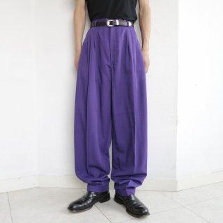 old tuck wide tapered slacks