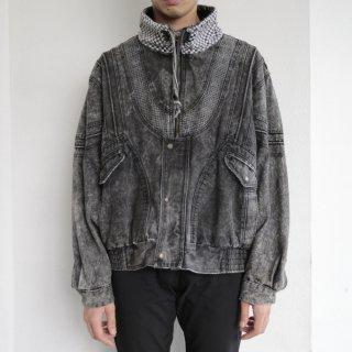 old chemical wash zipped denim jacket