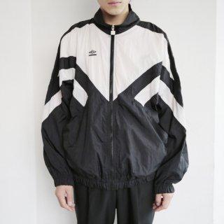 old 90's umbro nylon track jacket