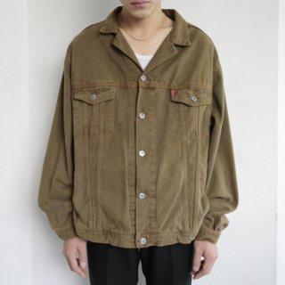 old loose trucker jacket