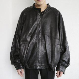 old loose single leather jacket