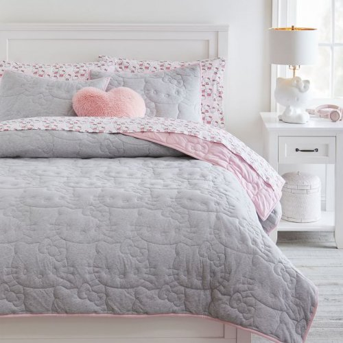<img class='new_mark_img1' src='https://img.shop-pro.jp/img/new/icons14.gif' style='border:none;display:inline;margin:0px;padding:0px;width:auto;' />Pottery Barn Teen(ポッタリーバーンティーン)ハローキティキルトカバー *Hello Kitty® Reversible Jersey Quilt