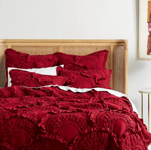 <img class='new_mark_img1' src='https://img.shop-pro.jp/img/new/icons14.gif' style='border:none;display:inline;margin:0px;padding:0px;width:auto;' />ANTHROPOLOGIE(アンソロポロジー)キルトカバー*Rivulets Quilt  / Berry