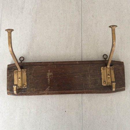 木製のコートハンガー ウォールフック