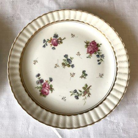 小さなバラと金彩のデザート皿 リモージュ ベルナルド