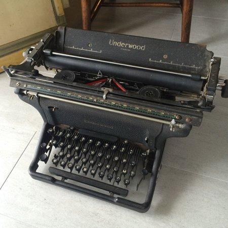 Underwood ヴィンテージタイプライター