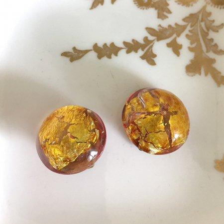 華やかな金箔 ゴールドイヤリング