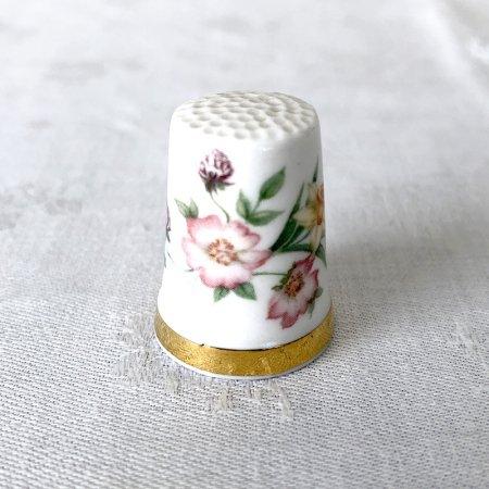 シンブル Royal Albert 春色の花
