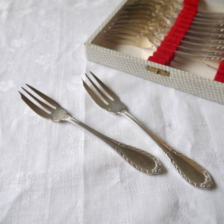 デザートフォーク シルバープレート 2本からバラ売り 在庫8