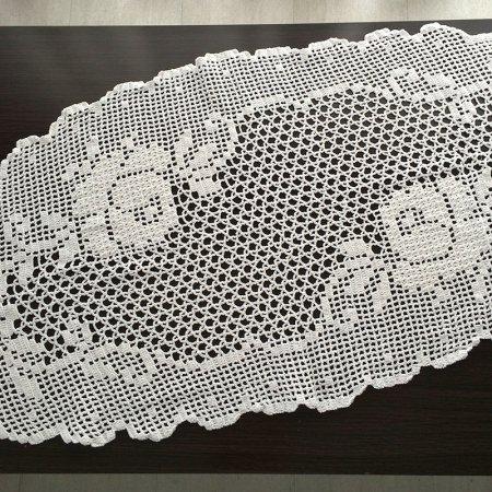 クロッシェレース  バラ模様のテーブルセンター